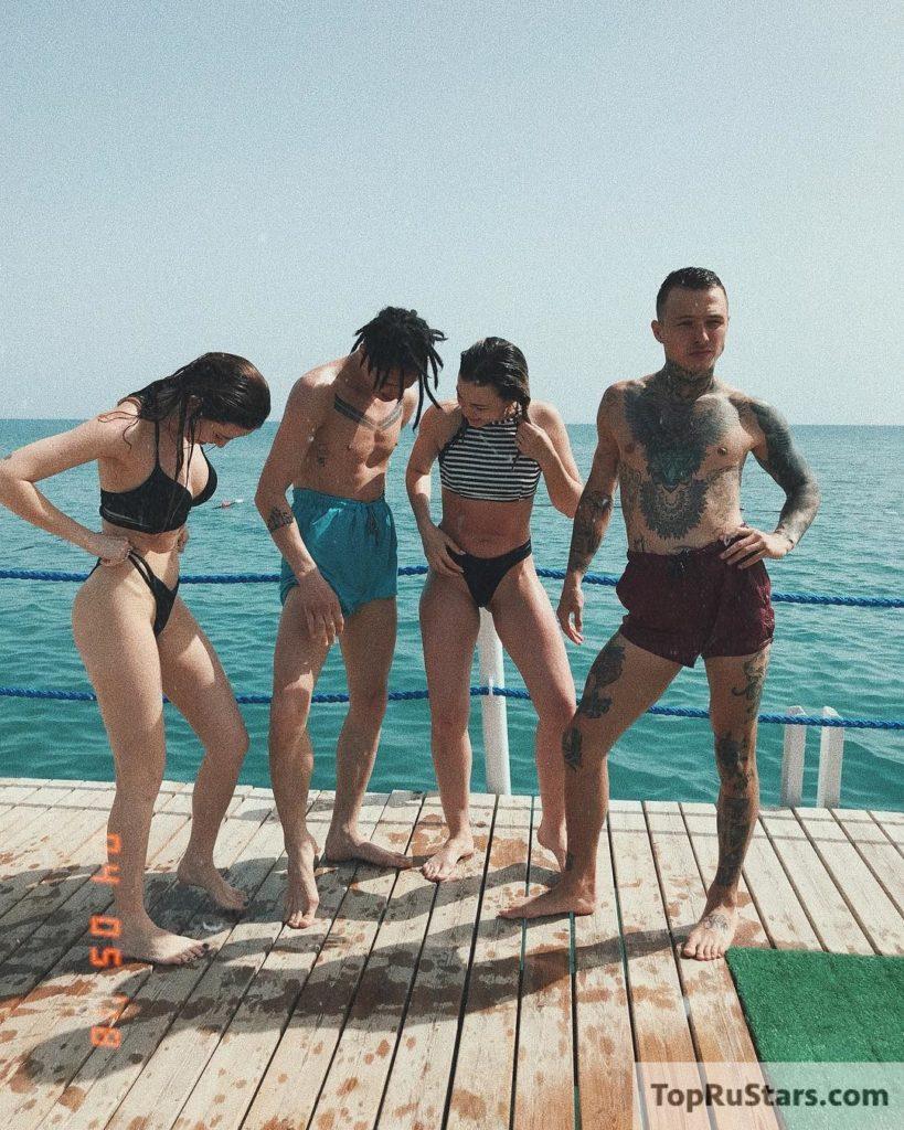 купальник дорофеева сиськи